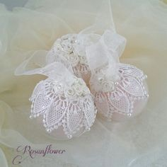 Christmas ornament decorated with lace and pearls. by Rosunflower