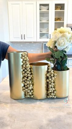 Diy Crafts For Home Decor, Inexpensive Home Decor, Easy Diy Crafts, Diy Arts And Crafts, Craft Stick Crafts, Diy Furniture Easy, Home Decor Furniture, Diy Wedding On A Budget, Dollar Tree Decor