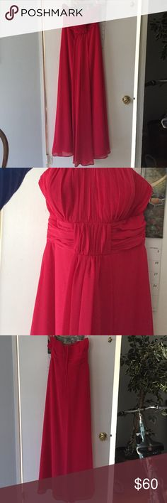 Bridesmaid dress Pretty coral color, was altered  for length to fit someone who is 5'6. Can be used to homecoming, wedding, or prom! Alfred Angelo Dresses Prom