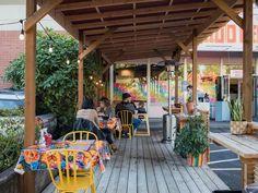 15 Restaurants Offering Winter-Friendly Outdoor Seating Restaurants Outdoor Seating, Vegan Fried Chicken, Portland Restaurants, Vegan Fish, Gado Gado, Black Light Posters, Vegan Mac And Cheese, Wine Signs