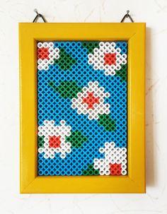 Flower design perler beads by Wood