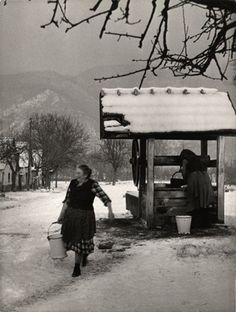Közkút. Dömös, 1957. Old Pictures, Old Photos, Vintage Photos, Old Photography, Folk Dance, Central Europe, Folk Music, Eastern Europe, Historical Photos