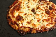 Cauliflower Crust Pizza: HunyLuv will like this. I can see using the crust for other things besides pizza. Pizza Recipes, Low Carb Recipes, Cooking Recipes, Healthy Recipes, Healthy Dinners, Cooking Ideas, Healthy Foods, Soup Recipes, Dinner Recipes