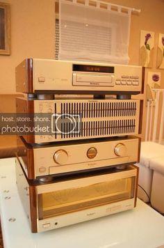 High End Audio Equipment For Sale Equipment For Sale, Audio Equipment, Technics Hifi, Radio Vintage, Hifi Video, Retro, Hi Fi System, Radios, Professional Audio