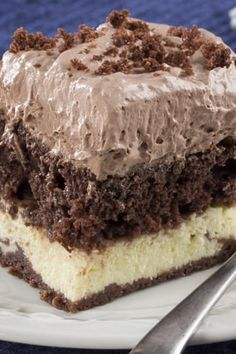 13 Diabetes-Friendly Desserts You�ll Never Believe Are Sugar-Free via Diabetic Deserts, Diabetic Friendly Desserts, Diabetic Snacks, Low Carb Desserts, Healthy Desserts, Diabetic Cake Recipes, Diabetic Chocolate Cake, Sugar Free Chocolate Cake, Heavenly Chocolate Cake Recipe