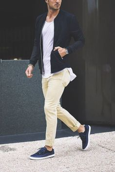 Consider pairing a black bomber jacket with yellow chinos for a relaxed casual and trendy getup. Balance your look with a more laid-back kind of shoes, like this pair of navy low top sneakers. Casual Wear, Casual Outfits, Men Casual, Casual Styles, Trendy Style, Simple Style, Mode Masculine, Mode Outfits, Fashion Outfits