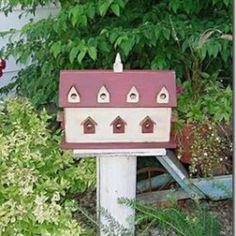 Casa de passarinho para abrigar e dar charme ao jardim