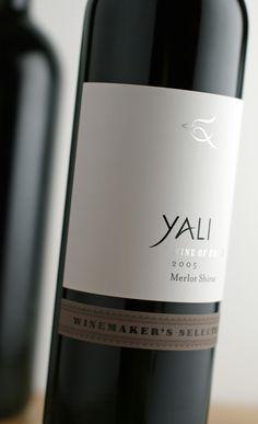 Wine Packaging   Packaging Botellas de vino     Yali – Modern Chilean  #taninotanino #vinosmaximum