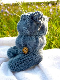 """The Original """"BootLeggers"""" Knitted Blue Ruched Baby Girl Boots Legwarmers Combination Size 6-9 Months"""