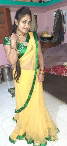 Beautiful Women Over 40, Beautiful Women Pictures, Beautiful Girl Indian, Beautiful Girl Image, Beautiful Saree, Indian Natural Beauty, Indian Beauty Saree, Indian Sarees, Most Beautiful Bollywood Actress