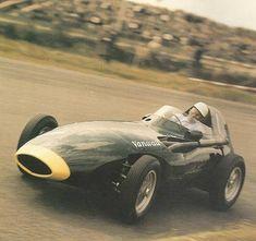 Dutch GP, 1958. Stirling Moss, Vanwall VW5.