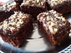 It's National Chocolate Chip Day! Time to honor it with some yummy Fudgy Toffee Brownies. Chocolate Morsels, Chocolate Filling, Chocolate Treats, Mini Chocolate Chips, Chocolate Brownies, Chocolate Flavors, Yummy Treats, Delicious Desserts, Sweet Treats
