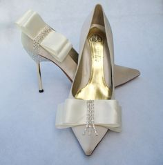 Ivory Bows And Rhinestones Shoe Clips by Chuletindesigns on Etsy, $22.00