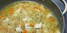 Classique d'automne...La soupe poulet et nouilles maison - Recettes - Ma Fourchette Rotisserie Chicken Soup, Chicken Soup Recipes, Cooking Chicken To Shred, How To Cook Chicken, Cooked Chicken, Chicken Pasta, Healthy Chicken, Gourmet Recipes, Healthy Recipes