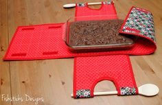 The Indygo Junction Casserole Carry-All Review & Giveaway! | Fishsticks Designs Blog