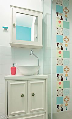 Ambientes integrados marcam quitinete de apenas 28 m² - Casa