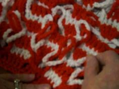 How to weave the chain links of the Polish Star Stitch. By Diana Sharp and Scarlet Sayer.