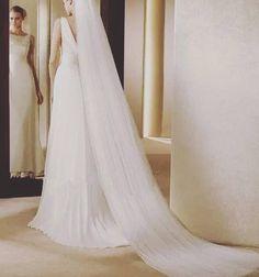 Raw / Cut edge cathedral bridal veil. Wedding.