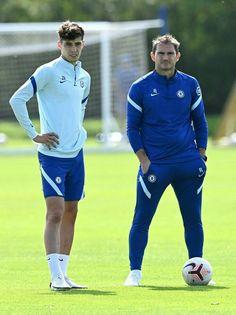 Chelsea Fc Players, Chelsea Football, Team Player, Cute Guys, Sexy Legs, Kai, Blues, Soccer, Sporty