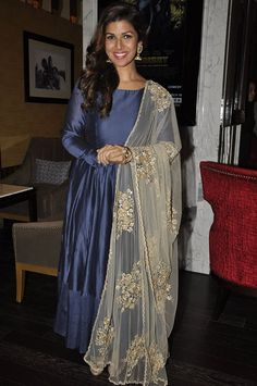 Airlift actress Nimrat Kaur looks all the way beautiful and charming in Desi Avatar!  Make a Desi Avatar for your own, shop for Indian Ethnic attires here--> http://www.jabongworld.com/women/shopby/sangria.html?dir=desc&order=bestsellers