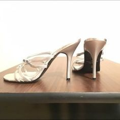 Shoes - Brand new silver heels