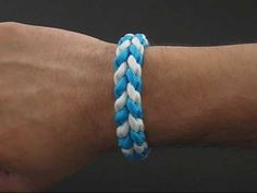 How to Make a (Paracord) River Bar Bracelet by TIAT... He works slow enough that it's easy to keep up with the process!!