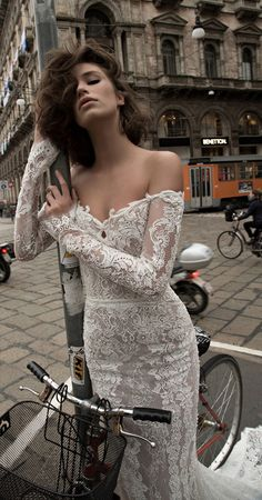 Liz Martinez Bridal Collection - Milan 2015