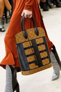 Louis Vuitton Fashion Show Details