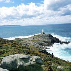 Faro Roncudo, uno de los más visitados de la #CostaDaMorte vía @italopendola #Galicia #SienteGalicia