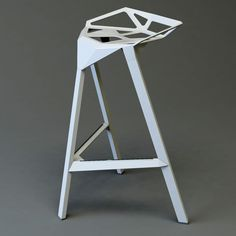 """Triangle faceted metallic seat – """"Stool One"""" for Magis by Konstantin Grcic 2004 Origami Furniture, Geometric Furniture, Bespoke Furniture, Unique Furniture, Furniture Design, Deco Baroque, Garage Furniture, Welding Table, Industrial Furniture"""