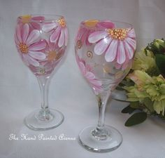 *******Hand Painted Pink Whimsical Daisy Wine Glass ************ This listing is for one hand painted pink whimsical daisy wine