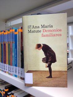 Una historia de amor y culpabilidad, de traiciones y amistad, al más puro estilo de la autora. Transcurre en una pequeña ciudad interior española en 1936, con una protagonista femenina que pronto será inolvidable.