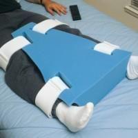 Para fisioterapias e auxílio contra o encurtamento de tendões por conta da espasticidade. Material: Espuma e velcro.
