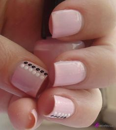 ideas nails sencillas puntos - My best nail list Cute Pink Nails, Fancy Nails, Love Nails, My Nails, Stylish Nails, Trendy Nails, Nagellack Design, Nail Art Designs Videos, Dot Nail Art