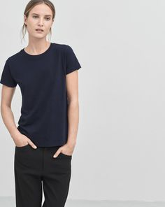 Classic straight fit tee in a luxurious super soft pima cotton with regular round neck and short sleeves. This essential basic comes in a selection of colours offering an easy way to an updated spring wardrobe.<br><br> The model is 177cm and wears size S