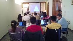 1º clase del Diplomado en Auditoría Médica Basada en la Evidencia - Chiclayo El Dr. Leonardo explicando sobre la Visión Panorámica en el Perú y el Mundo de la Auditoria Médica.