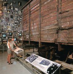 museum exhibition display design - Αναζήτηση Google