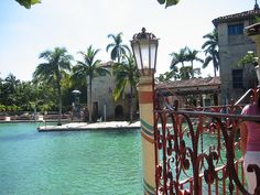 Things to do in #Miami - The Venetian Pool and its spectacular underwater caves and grottoes.