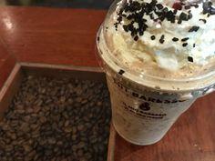 Café with a good friend, what a delight!