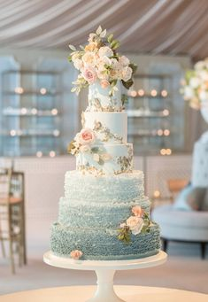 A Classe Ombre Cake with Pale Blue & Pink Flowers de Gournay Dreams - 6 tier wedding cake, blue wedding cake ideas Gorgeous Cakes, Pretty Cakes, Amazing Wedding Cakes, Amazing Cakes, Fancy Wedding Cakes, Bolo Fack, Ombre Cake, Ruffle Cake, Ruffles