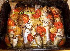 ntina's kitchen: Ψάρι πλακί στο φούρνο Seafood Recipes, Cooking Recipes, Greek Recipes, Fish And Seafood, Food Porn, Yummy Food, Meat, Chicken, Breakfast