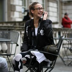 Gain sports luxe inspiration with our favourite Sportif street style looks. #streetstyle #sportluxe #layering #offduty #MODESPORTIF