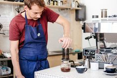 It's all about precision, patience and putting your all into the making of each cup : slow coffee. Birdie Food and Coffee Geneva. Geneva, Patience, Food, Cafes, Eten, Meals, Diet