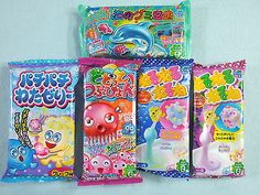 Gummy Candy making kits by Kracie from Japan. Gummy Candy Making Kits Box Kind Large and Small. Japanese Snacks, Japanese Candy, Japanese Sweets, Cute Japanese, Japanese Food, All Candy, Best Candy, Kawai Japan, Daiso Japan