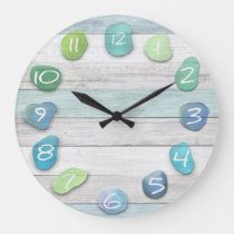 A sea glass and driftwood beach look clock. The wood is weathered looking and looks very real. Beautiful, peaceful, natural and rustic looking. Seashell Projects, Driftwood Crafts, Seashell Crafts, Beach Crafts, Driftwood Beach, Ocean Crafts, Crafts With Seashells, Diy Crafts, Driftwood Signs
