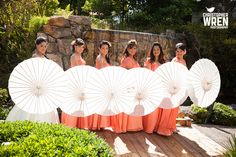 Parasols and Fans instead of flowers? Hmm...