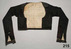 Tröja i kläde, kantad med sammetsband. Oxie, 1820-40. Nordiska Museet, nr. NM.0000215