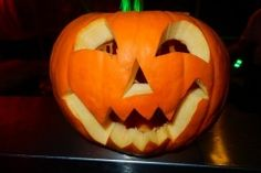 Halloween tök Halloween, Pumpkin Carving, Pumpkin Carvings, Spooky Halloween