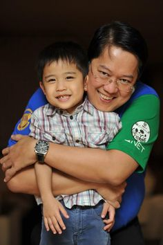 A family man: VP TG Kintanar with his son at V-Indonesia 2012