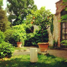 A.S. Garden Lab blossoming with great sound! Architettura Sonora travertine Cylinder, omnidirectional sound module.